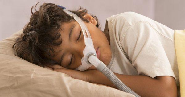 traitement par pression positive chez l'enfant